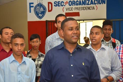 Rafelito Valenzuela asume como presidente en funciones de la FED
