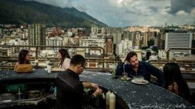 Poco a poco y pese a los graves problemas, los venezolanos recuperaron cierta normalidad.