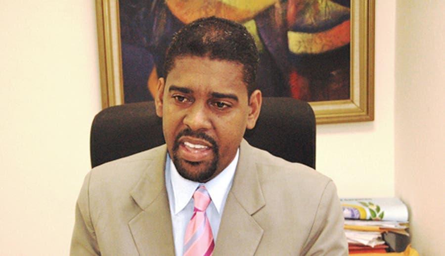El abogado y profesor Junior Ramírez.