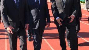 Canciller Miguel Vargas junto al presidente de Panamá, Juan Carlos Varela y el director de la Policía de Investigaciones (PDI) de Chile, Héctor Espinosa Valenzuela.