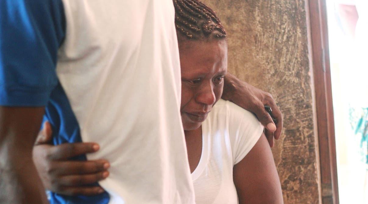 Familiares de Ani Mojica Ramírez lloraban desconsolados previo al velatorio.