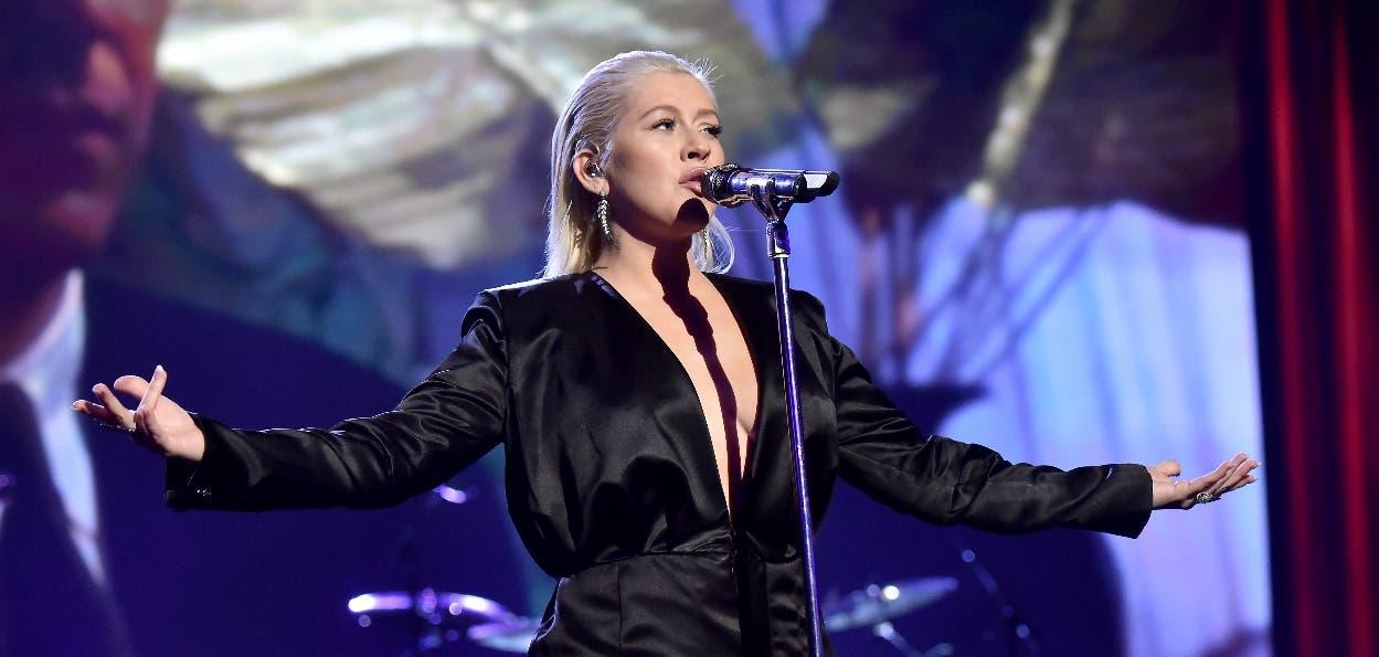Christina Aguilera canta en español con Becky G, Nicki Nicole y Nathy Peluso