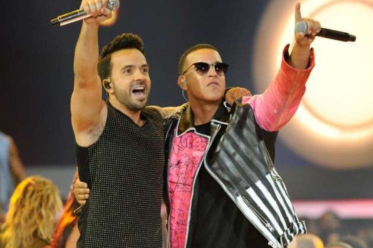 Los artistas boricuas Luis Fonsi y Daddy Yankee.