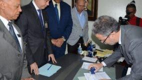 Ramón Hilario Espiñeira, secretario de la Junta, recibió una carta.