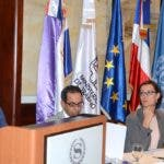 Gianluca Grippa, embajador de la UE, calificó como positivo el curso sobre normas de trabajo.