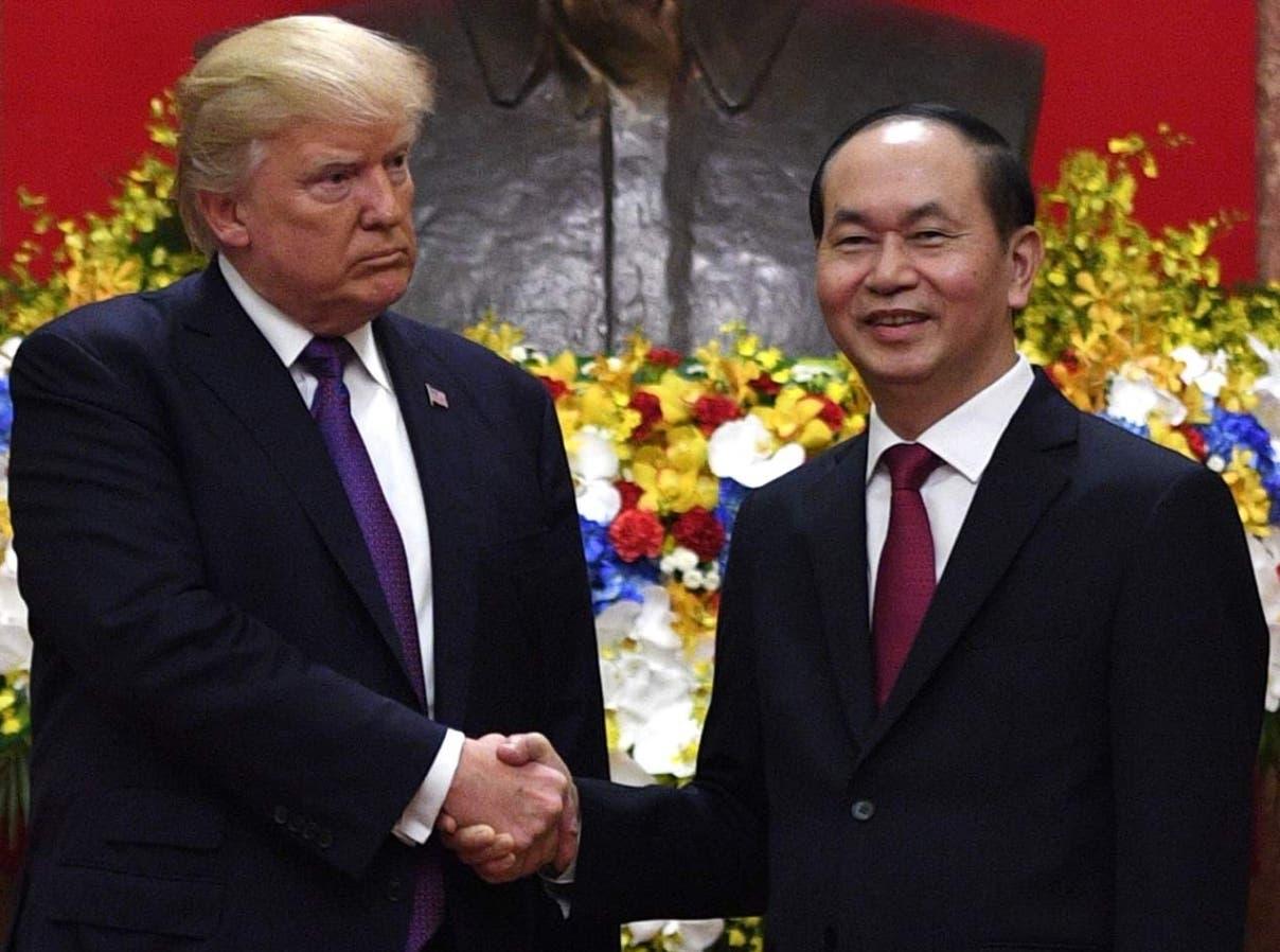 Donald Trump junto al presidente de Vietnam, Trang Dai Quang, tras el nuevo acuerdo comercial.