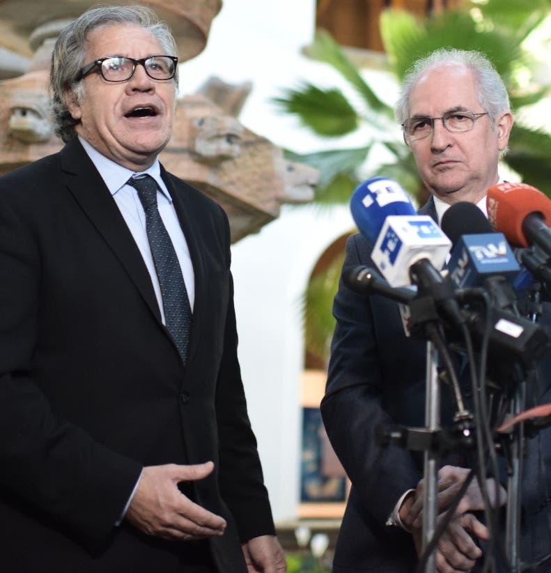 Luis Almagro junto al opositor venezolano Antonio Ledezma.