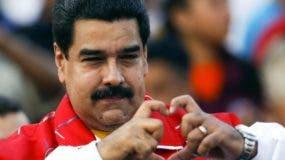 El presidente Nicolás Maduro renegociará alta deuda externa.