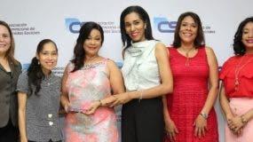 Yosarah Fernández, María Mercedes, Jacqueline Ramos, Rosa Arredondo, Ivelisse Villegas y Yakayra Suero.