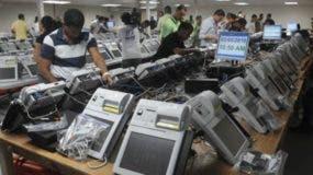 Equipos utilizados en las pasadas elecciones fueron suplidos por la empresa Indra Sistemas, S.A.