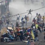 El diálogo busca poner fin a la crisis política y económica que enfrenta a los venezolanos.