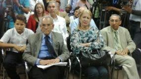 Familiares de Claudio Caamaño, a quien se dedicará la Convención.