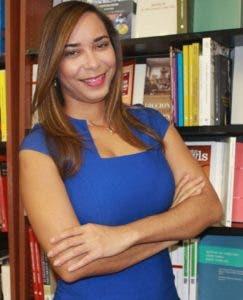 Contreras Montero estudió se graduó de Derecho en la UASD.