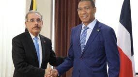 El presidente Medina se encuentra en Jamaica desde ayer en una visita oficial de dos días.