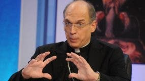 El obispo Victor Masalles   expresó preocupación por feminicidios.