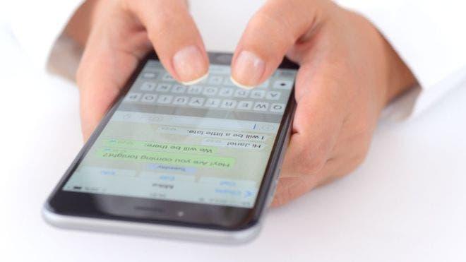 ¿Quieres enviar fotos sin que WhatsApp las comprima? Te contamos cómo hacerlo.