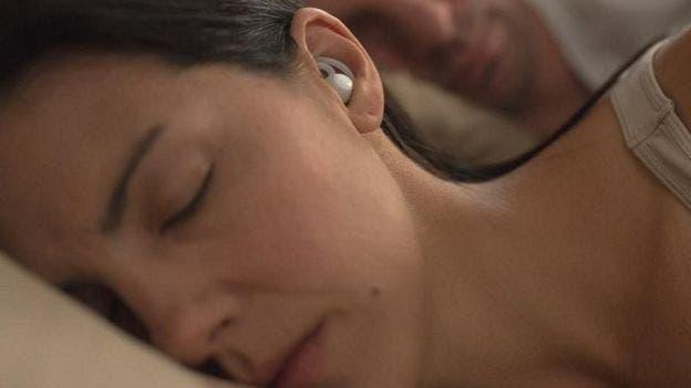 """La empresa estadounidense Bose dice que sus nuevos audífonos inteligentes hace que el sueño """"suene bien"""""""
