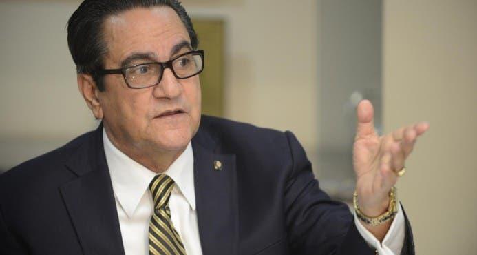 Iván Grullón, rector de la UASD.