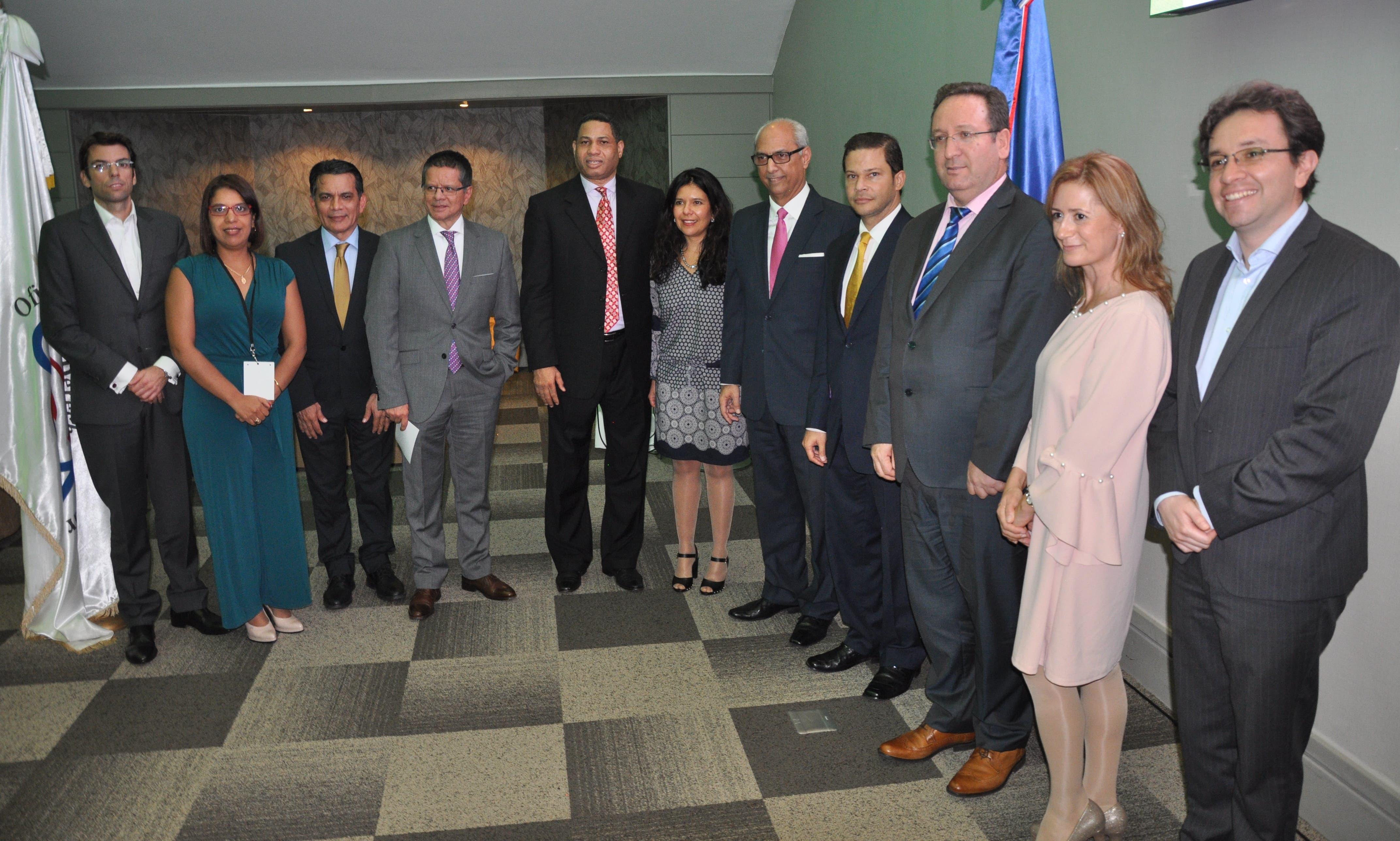 Flavio Darío Espinal afirma Gobierno hará respetar el derecho de autor en el país