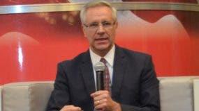 Robert E. Copley, encargado de negocios y jefe de la misión de la Embajada de Estados Unidos en la República Dominicana.
