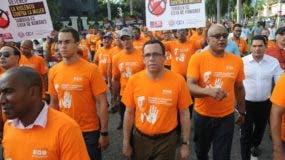 A la marcha convocada por el Ministerio de la Mujer asistieron ministros, titulares de instituciones públicas y personal de las mismas. Nicolás Monegro.