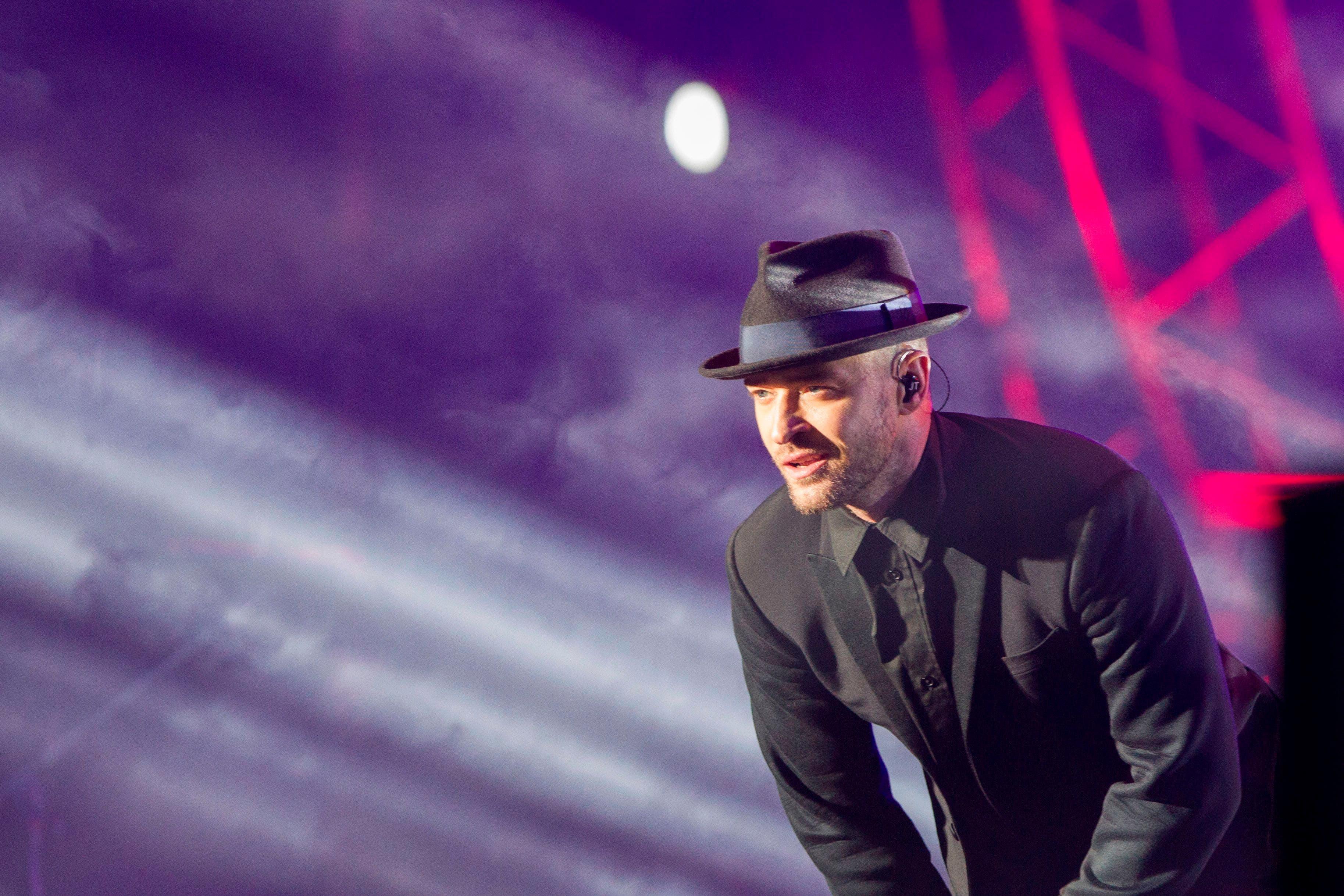 El cantante Justin Timberlake se presenta durante su participación individual en el Festival Presidente en Santo Domingo, República Dominicana, el 4 de noviembre de 2017. / AFP