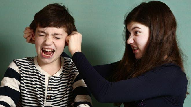 Las discusiones entre hermanos son habituales cuando somos chicos.