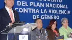 En la actividad participaron los ministros de la Mujer, Salud, Educación y el director de la Policía.