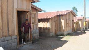 Peralta, quien será uno de los beneficiados, ha observado la evolución de la obra desde agosto, cuando iniciaron los trabajos.