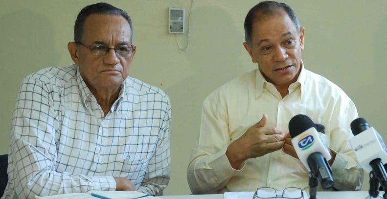 Gabriel del Río Doñe y Rafael Pepe Abreu rechazan propuesta.