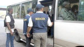 Brigadas de Migración se desplazan por el territorio nacional.
