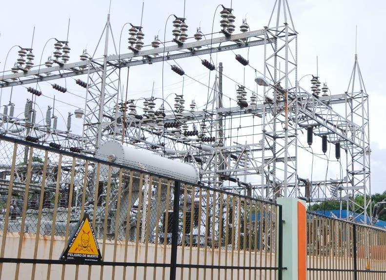 Industriales estiman Pacto Eléctrico es deficiente y no irán a su firma