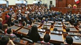 Pedro Pablo Kuczynski tiene las de perder en el Congreso peruano, controlado por la oposición.