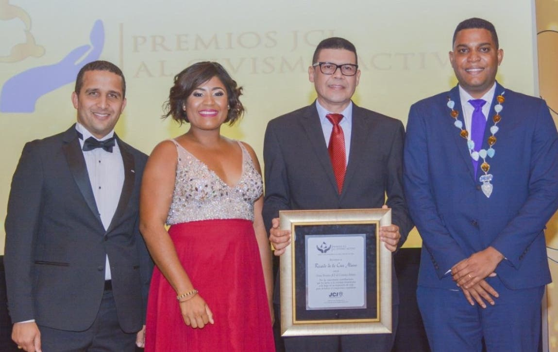 Francis Ortega, Yohemmy Martínez,  Ricardo Nieves y Bolívar Batista.
