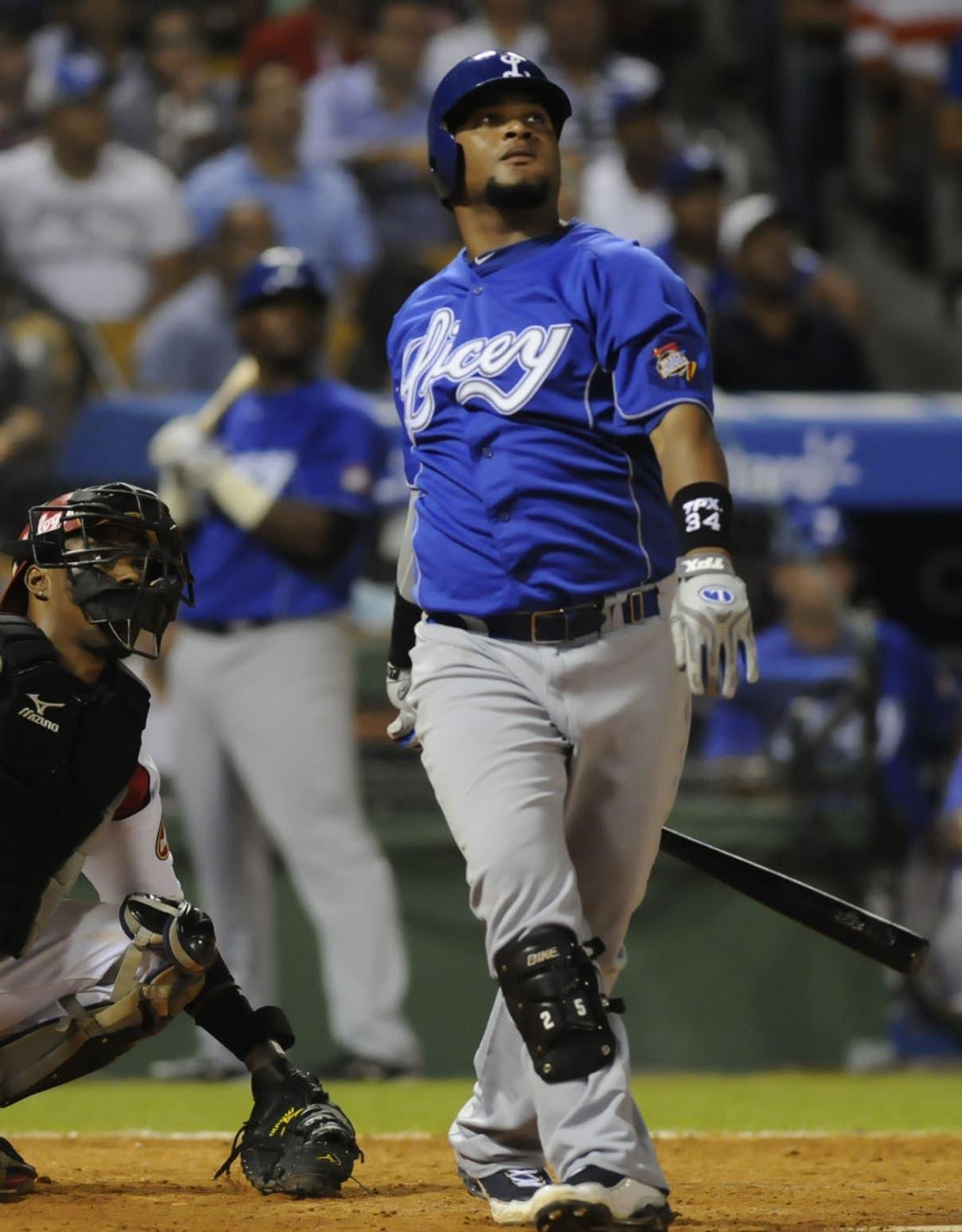 El toletero Juan Francisco ha disfrutado de una brillante carrera en la Liga de Béisbol del país.