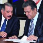 El presidente Danilo Medina y el  exmandatario Leonel Fernández. Archivo