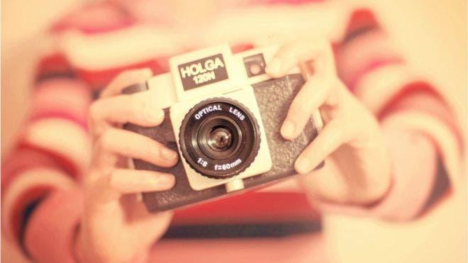 La Holga fue una cámara creada en China a principios de la década los 80.