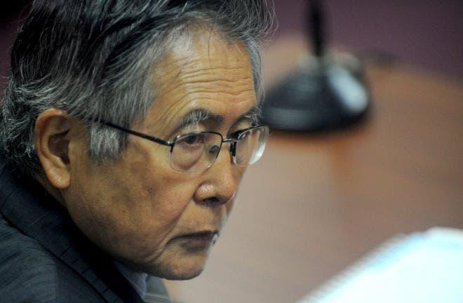 El presidente de Perú indulta «por razones humanitarias» a Alberto Fujimori