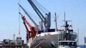Decenas de obreros dependen de este puerto para su sustento.