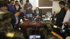 El hombre acusado de realizar un ataque con bomba en el metro de la ciudad de Nueva York fue influenciado por los sermones y escritos de un predicador musulmán radical, pero aparentemente no tenía vínculos conocidos con los grupos radicales locales, dijeron el miércoles funcionarios de Bangladesh.