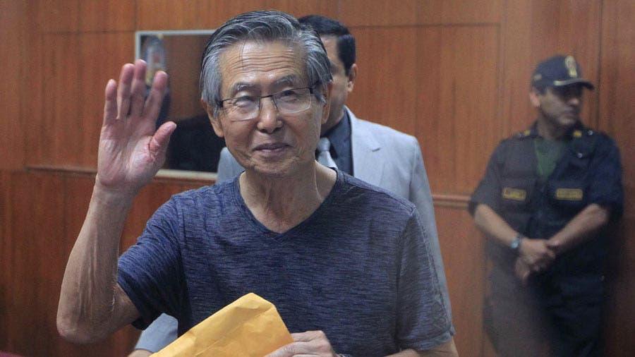 Fujimori, indultado por Kuczynski, se salva también de proceso por matanza