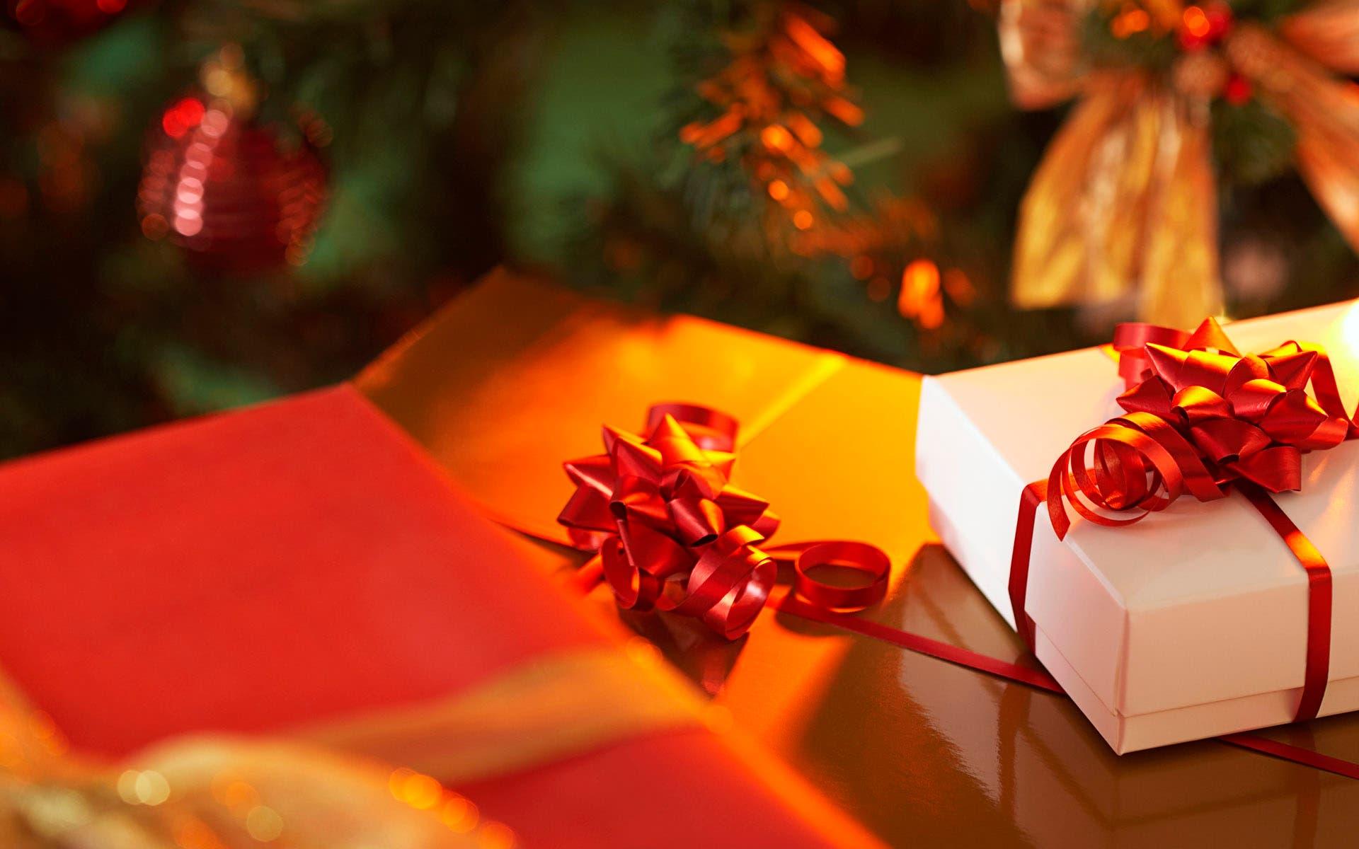 Te decimos 10 consejos para ahorrar dinero en los regalos de Navidad