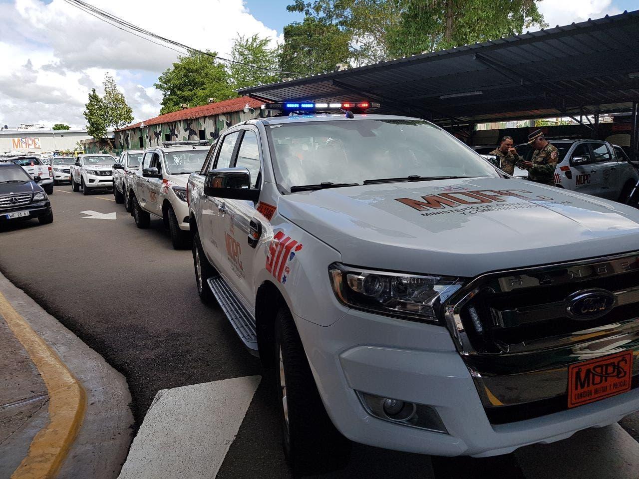 Desplazan vehículos para prevenir accidentes en autopistas y carreteras del país