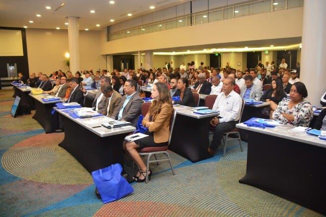 MEPYD y FEDOMU buscan fortalecer eficacia inversión pública en los territorios