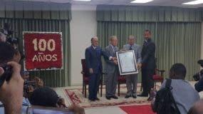 Senado reconoce a Pepín Corripio. Foto: Degnis De León.