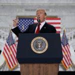 El presidente Donald Trump habla sobre su decisión de reducir el tamaño de los monumentos nacionales Bears Ears y Grand Staircase Escalante, el lunes 4 de diciembre de 2017 en Salt Lake City. AP