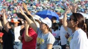 Miles de evangélicos  de todo el país se dieron cita  como todos los años en el Estadio Olímpico.
