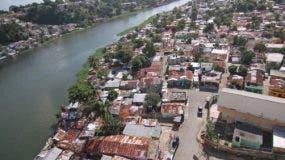 """Rescate integral liberará la ribera del Ozama desde el puente Juan Bosch al de """"La 17""""."""