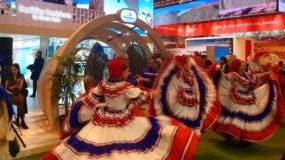 República Dominicana  promociona en su estand las riquezas culturales  y naturales del país.