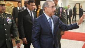 El presidente Medina partió por el Aeropuerto Las Américas.